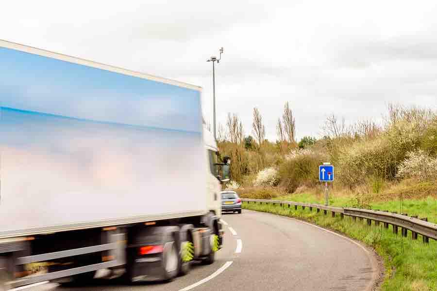 divieto-circolazione-mezzi-pesanti-decreto-2017